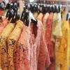 ร้านเสื้อผ้าพื้นเมืองภูเก็ต บนถนนสายวัฒนธรรม