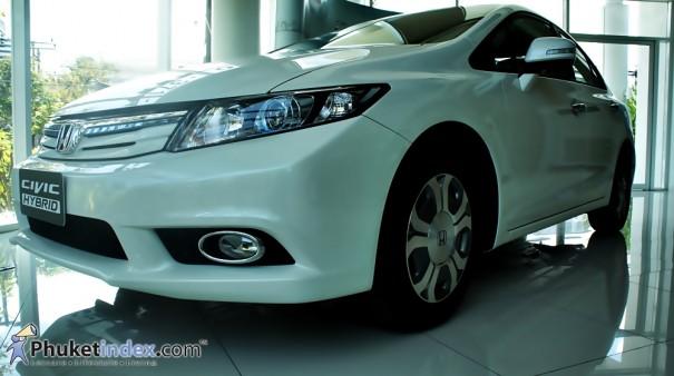 Hybrid นวัตกรรมอัจฉริยะ ประหยัดพลังงาน ขับขี่อย่างเป็นมิตรกับสิ่งแวดล้อมในทุกๆ เส้นทาง