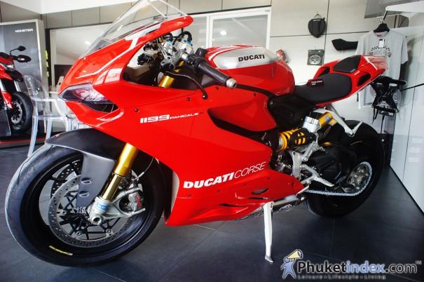 Ducati 1199 Panigale R ซุปเปอร์ไบค์สายพันธุ์สปอร์ต