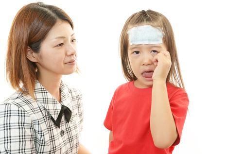 ช่วงฤดูฝน…ระวังโรคมือเท้าปากในเด็ก