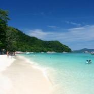 เกาะไม้ท่อน สวรรค์สำหรับนักท่องเที่ยวและคู่รัก