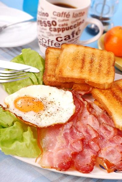 จะเกิดอะไรขึ้น ถ้าไม่กินอาหารเช้า?