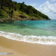 """""""หาดยะนุ้ย"""" เม็ดทรายละเอียด น้ำสีมรกต มุมสวยทะเลภูเก็ต"""