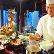 JW Marriott Phuket – The Chef's Table เซทอาหารไทยชาววัง เชฟปรุงโชว์ เสิร์ฟตรงถึงมือ