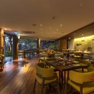 ห้องอาหารไท เรสเตอรองท์ จากโรงแรมโนโวเทล ภูเก็ต กะรน บีช รีสอร์ท