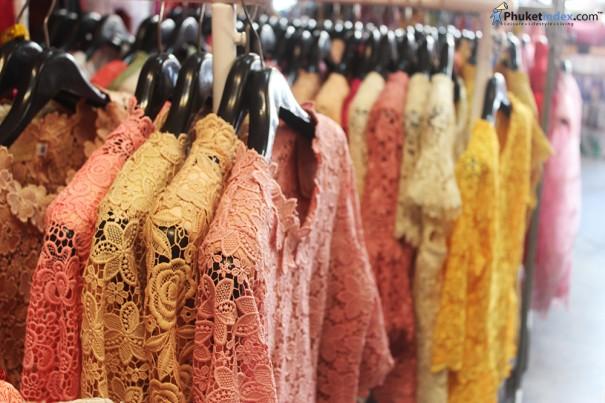 ร้านเสื้อผ้าพื้นเมืองภูเก็ต