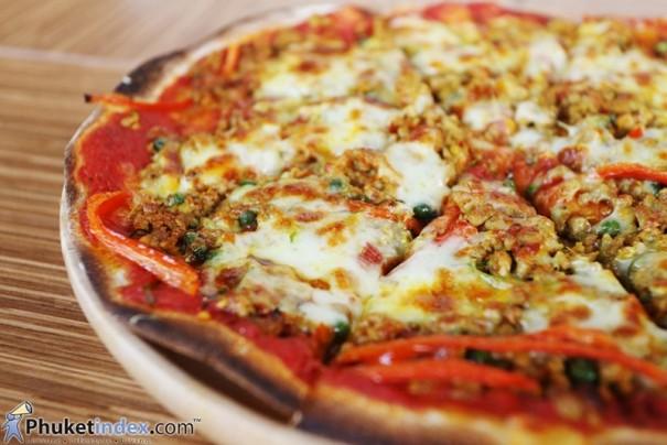 อาหารเด็ด บรรยากาศดี นั่งทานชิลล์ๆ ที่ ห้องอาหารซีซั่นนิ่ง จากโรงแรมกะตะซีบรีซ
