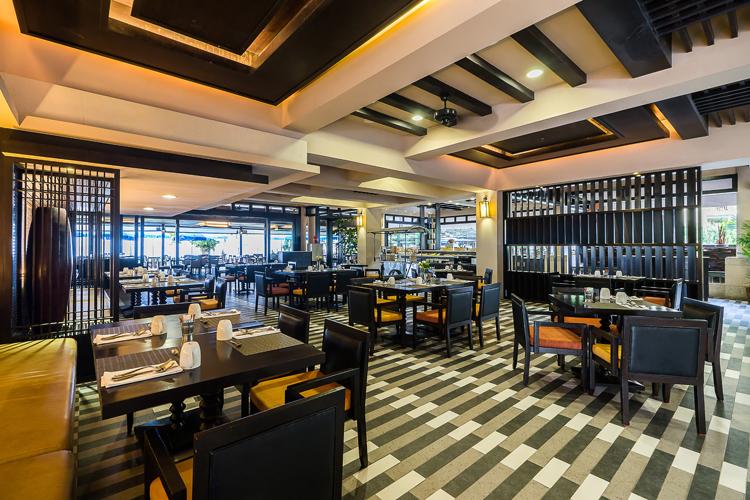 คุยกับเชฟโตโต้ (ภาสกร ตติยภัค) - Executive Chef โรงแรม Phuket Marriott Resort & Spa, Merlin Beach