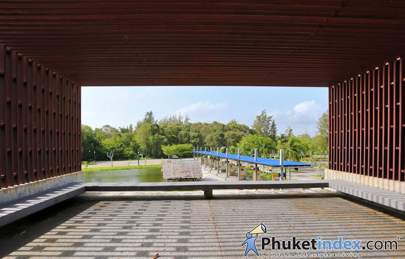 ประตูเมืองภูเก็ต – Phuket Gateway