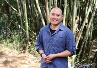 คุณธนพัฒน์ พยัคฆาภรณ์ เลขาธิการของมูลนิธิช่วยชีวิตสัตว์ป่าแห่งประเทศไทย