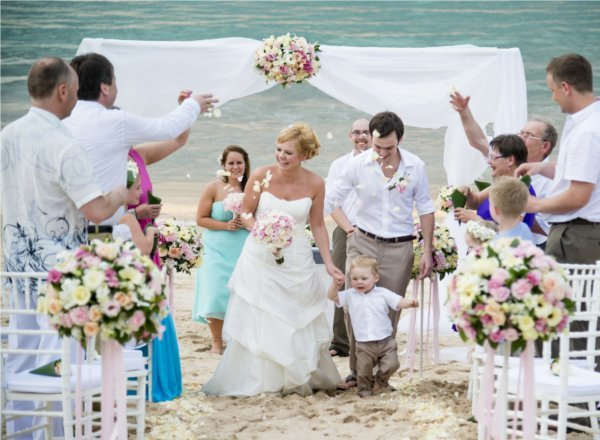"""Do you want to get married in Phuket? … I do!"