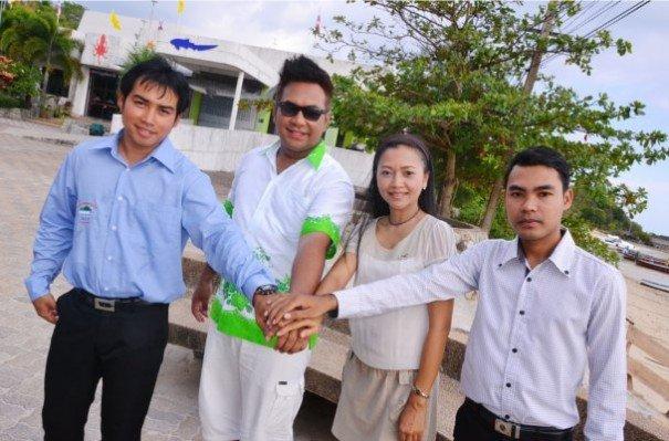 from left to right: Worathep Thongyoun, Jirayu Naragoonphitak, Pathitta Sa-Nguannam and Natee Naweewong