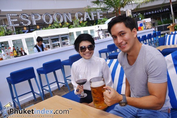 """Tablespoon Cafe"" – Beach club style dining in the city"