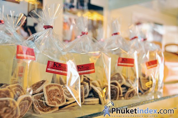 Keng Tin Shop – Traditional Sweets of the Island