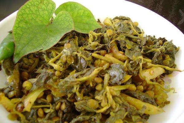 Houttuynia cordata bhajis