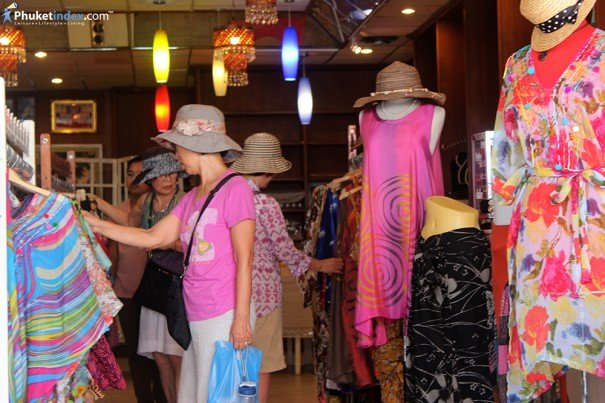Local Clothing Stores on a Cultural Road