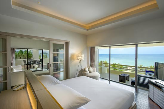 Deluxe Suite @Hilton Phuket Arcadia Resort & Spa