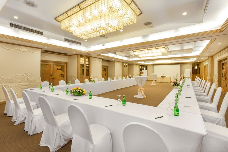 Meeting & Conference Hotel In Phuket - Thavorn Beach Village Resort & Spa