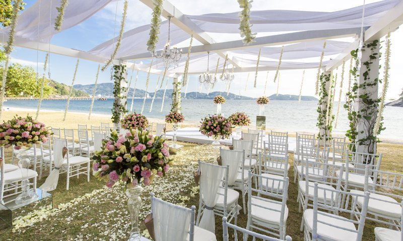 Romantic Beach Wedding In Phuket – Thavorn Beach Village Resort & Spa