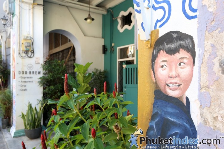 Take a snap with street art paintings at The Old Phuket TownTake a snap with street art paintings at The Old Phuket Town