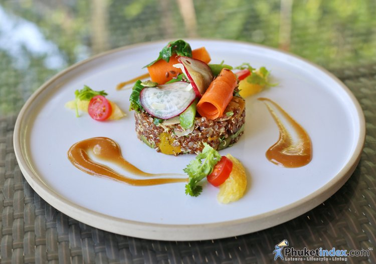 Wellness Salad – Rim Talay Restaurant, Amari Phuket