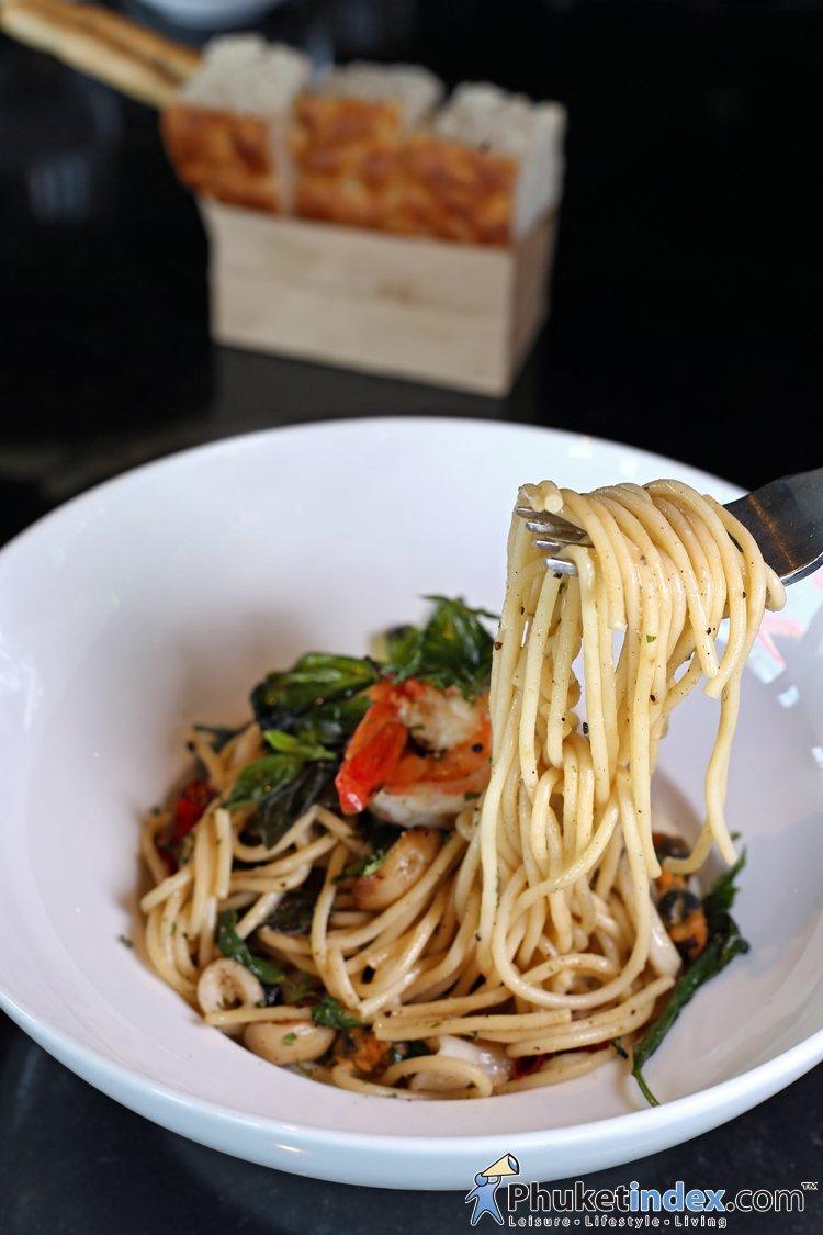 Food Recipes: Spaghetti Seafood Al Olio